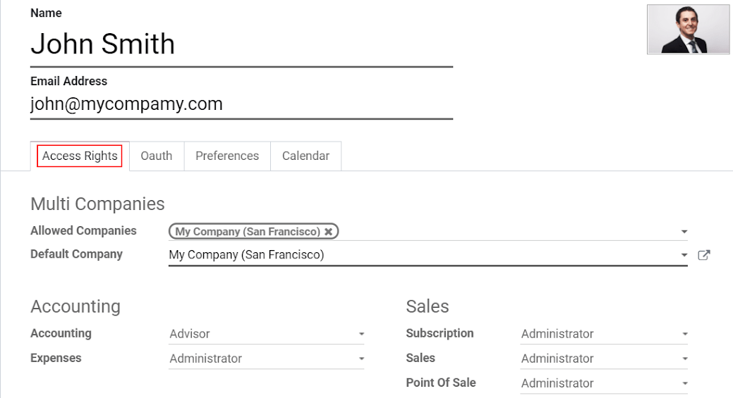 View of a user's form emphasizing the access rights tab in Odoo